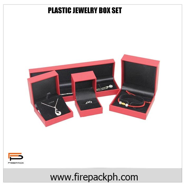 red jewelry box